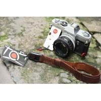 Dây đeo tay máy ảnh Da Bò móc Peak Design TA1248