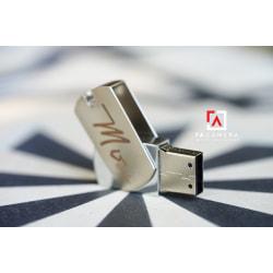 USB 2.0 32GB Khắc LOGO Theo Yêu Cầu